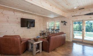 Stone Lake Lodge Living Area